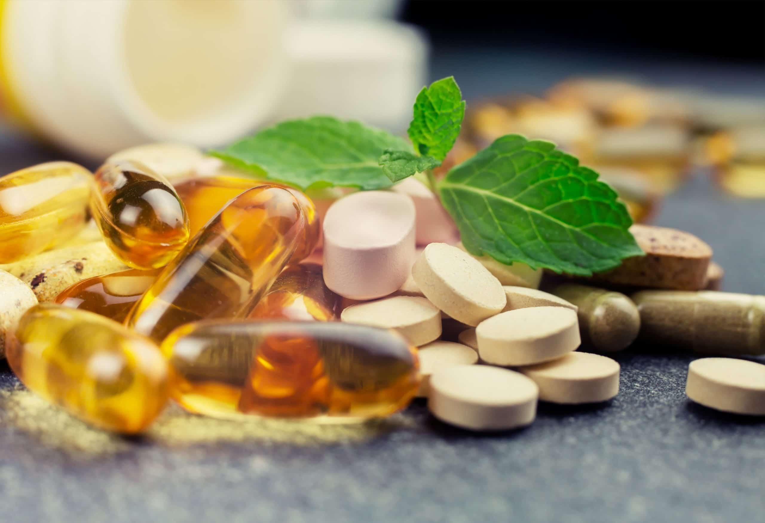 Le vitamine per capelli per evitare le loro carenze.