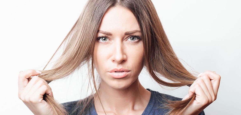 Come mai l'alopecia androgenetica colpisce anche le donne?